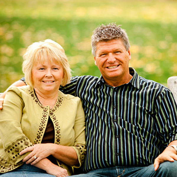 Pastor Tom and Tara Bates